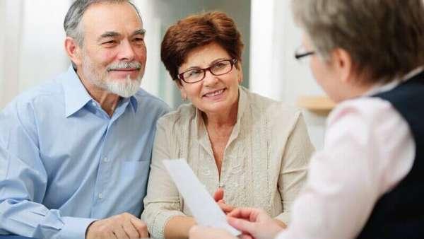 До какого возраста можно получить кредит пенсионерам в Сбербанке?